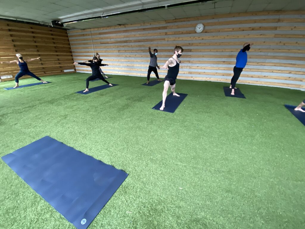 chicago yoga classes at Lakeshore Sport & Fitness