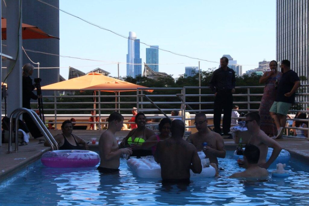 LSF - Illinois Center - Skyline Bar - Rooftop Pool